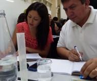 La propuesta que la Facultad de Educación desarrolla para el Mineduc está basada en el respaldo teórico y en la experiencia del modelo Educación en Ciencias Basada en la Indagación (ECBI) implementado en años anteriores por el ministerio.