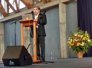 Rector Eduardo Silva SJ web