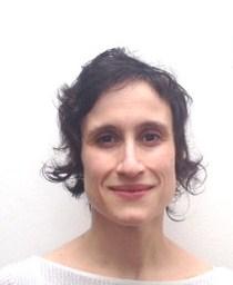 Sandra Accatino, académica del Departamento de Arte de la UAH.