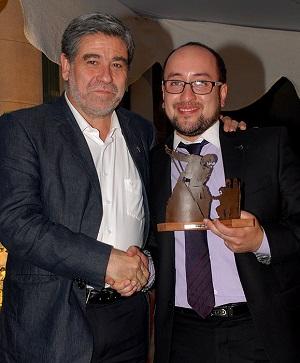 Jorge Candia, mejor alumno de Ingeniería Comercial y Premio Universidad Alberto Hurtado.