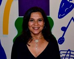Directora ejecutiva de la Fundación Teatro a Mil
