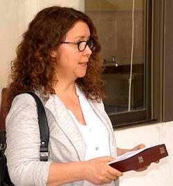 Alejandra Orbeta, directora de Pedagogía en Artes Visuales.