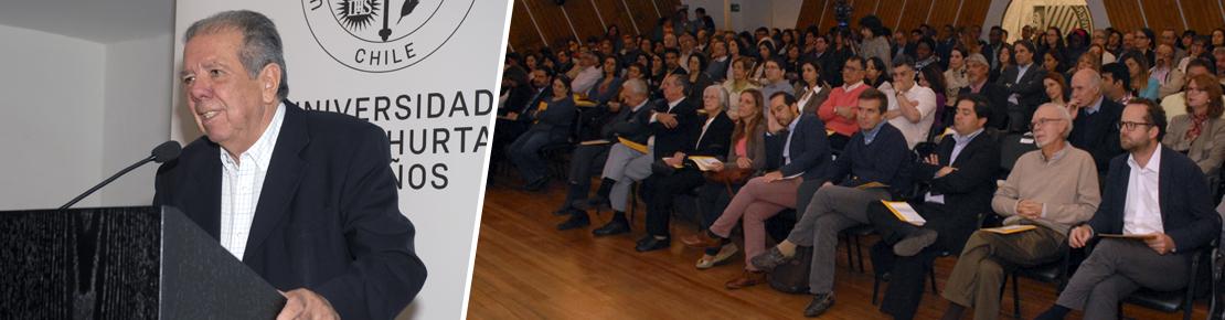 Profesor Emérito Juan Eduardo García Huidobro inauguró año académico de la UAH