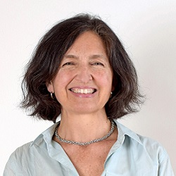 Claudia Peirano