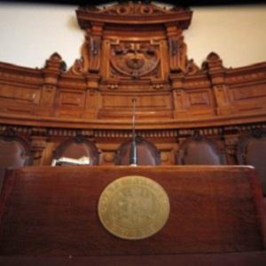«Juicio por jurados en Chile: Temas y enfoques justificativos para su incorporación en Chile»