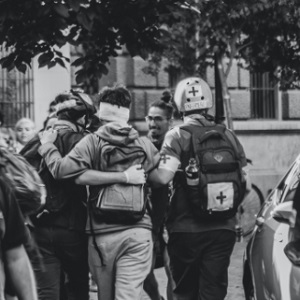 II Cátedra Derechos Humanos José Aldunate SJ. «Tomar la foto: agencia, violencia y memoria. Diálogos fotográficos del 80 y 2019»