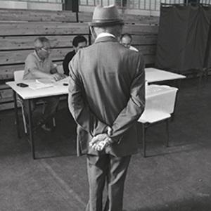 Conversatorio en torno al libroClientelismo en Chile –Historia presente de una costumbre política (1992-2012)