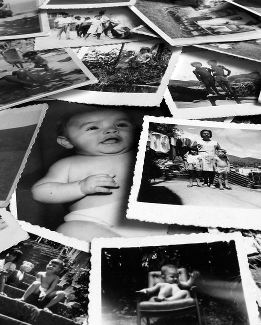 Revisar fotos antiguas: Por qué suele pasarnos que no nos gustaba como éramos, pero que el tiempo nos demuestra lo contrario