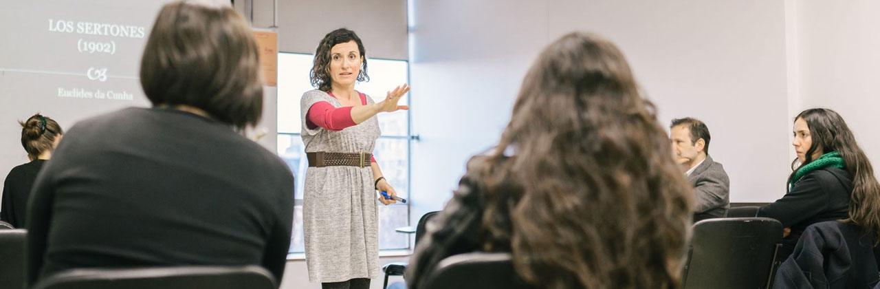 Postgrados UAH// más de 100 programas: doctorados, magíster y educación continúa
